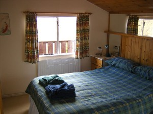 Garden Lodge Tobermory double bedroom